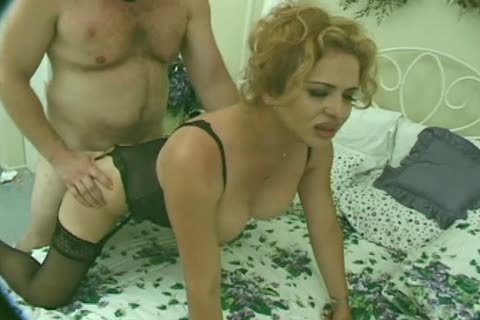 Hung blonde lady-boy hammers her man's pooper before getting pokeed